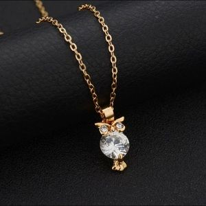 Jewelry - Women's Crystal Owl Gold Color Necklace